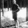 Тусгай архивт хадгалагдаж байсан Гитлерийн залуу үеийн зураг