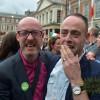 Ирландчууд ижил хүйстнүүдийг гэр бүл болохыг дэмжлээ