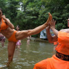 Хятадын бикинитэй аврагчид